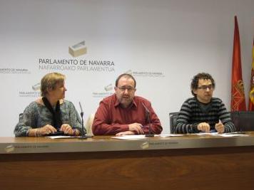 Izquierda-Ezkerra califica de irresponsable y temeraria la gestión de Miranda y pide al Parlamento su reprobación
