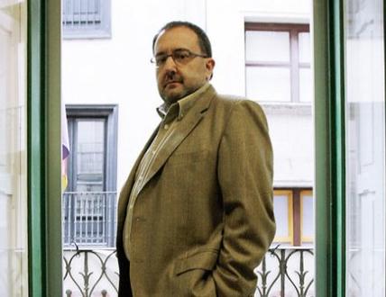 José Miguel Nuin exige al Gobierno de Navarra que cumpla con la Oferta Pública de Empleo para 2011