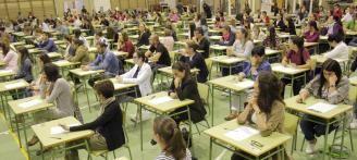 Izquierda-Ezkerra apoya y valora positivamente la inclusión de los y las opositoras en las listas de contratación de educación