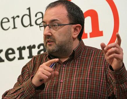 José Miguel Nuin critica que Caja Navarra está liquidada y cree que no era inevitable