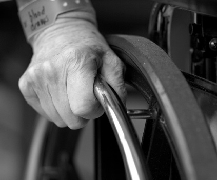 Solicitamos informe de la Cámara de Comptos para evaluar las políticas de dependencia