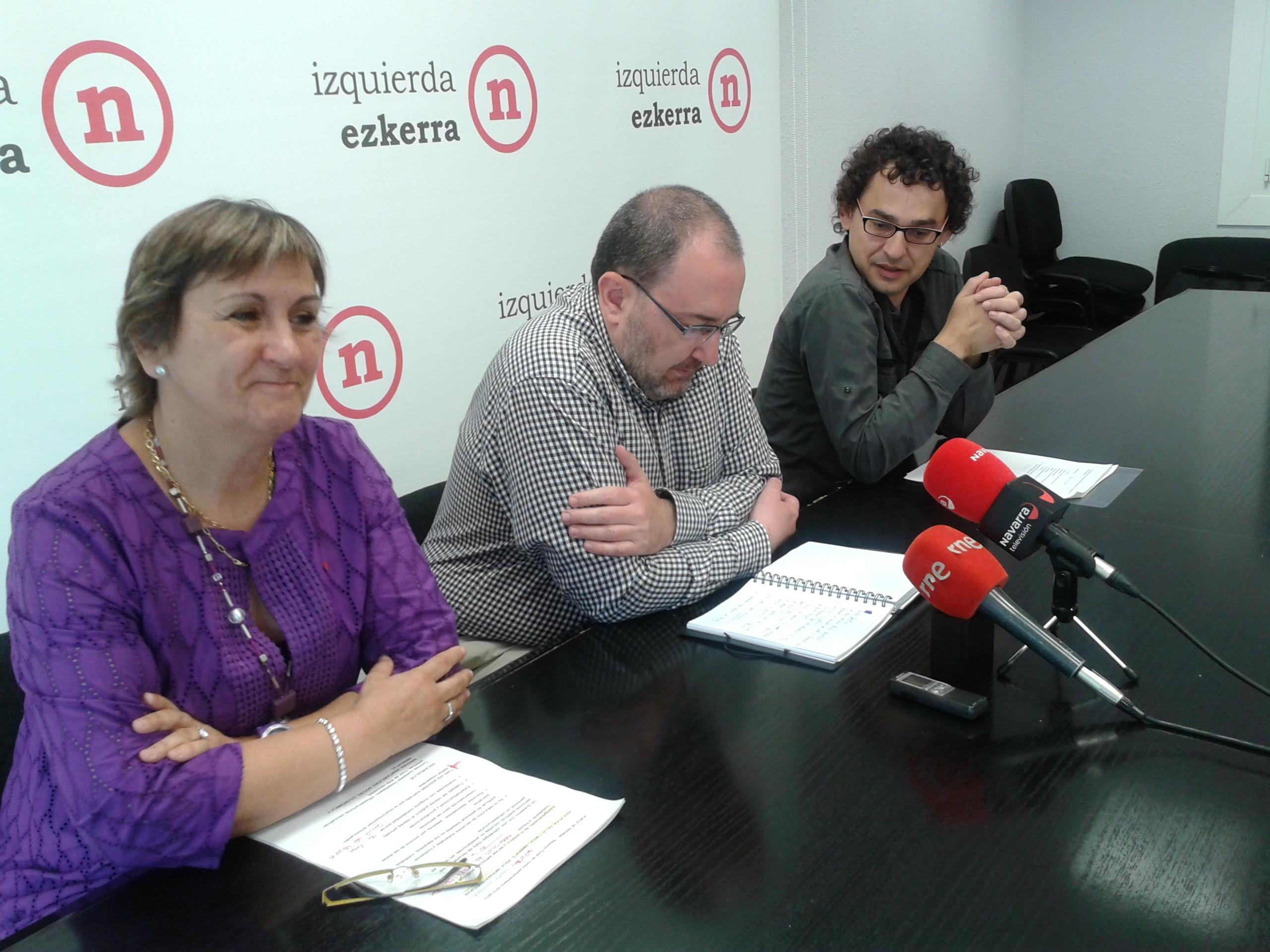 """El Gobierno de Navarra está """"en descomposición"""" y pide elecciones"""