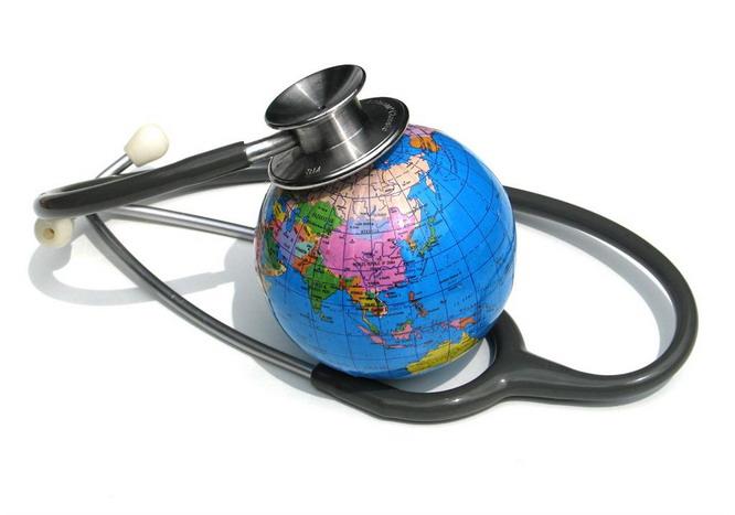 Es inadmisible que el PP deje sin derecho a la atención sanitaria a emigrantes españoles