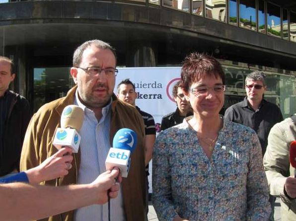 Izquierda-Ezkerra critica la transferencia de CAN a Banca Cívica