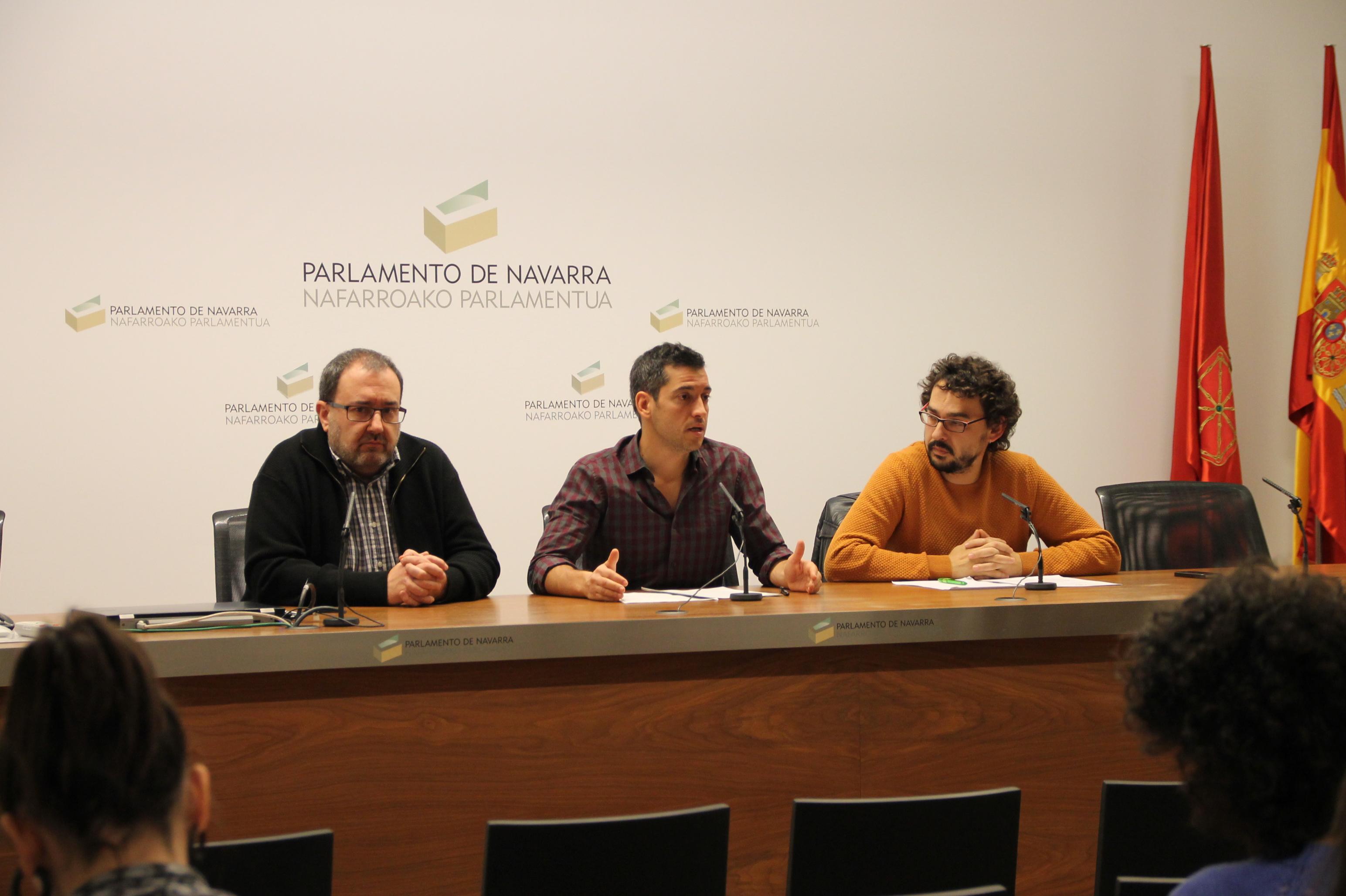 I-E registra en el Parlamento una proposición de ley de reconocimiento a las víctimas por actos de motivación política