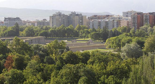El Defensor del Pueblo respalda la queja de I-E por la pasividad de UPN respecto al arbolado y zonas verdes