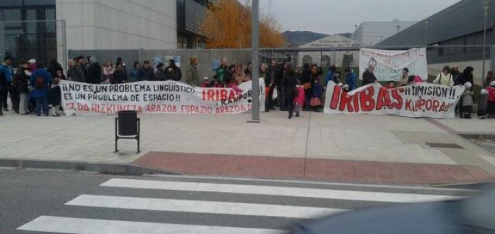 IE Egüés denuncia el desvio de atención de Iribas respecto a la saturación del CP Sarriguren