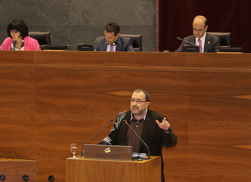 Nuin: El proyecto neoliberal de Barcina no deja margen al apoyo de Izquierda-Ezkerra