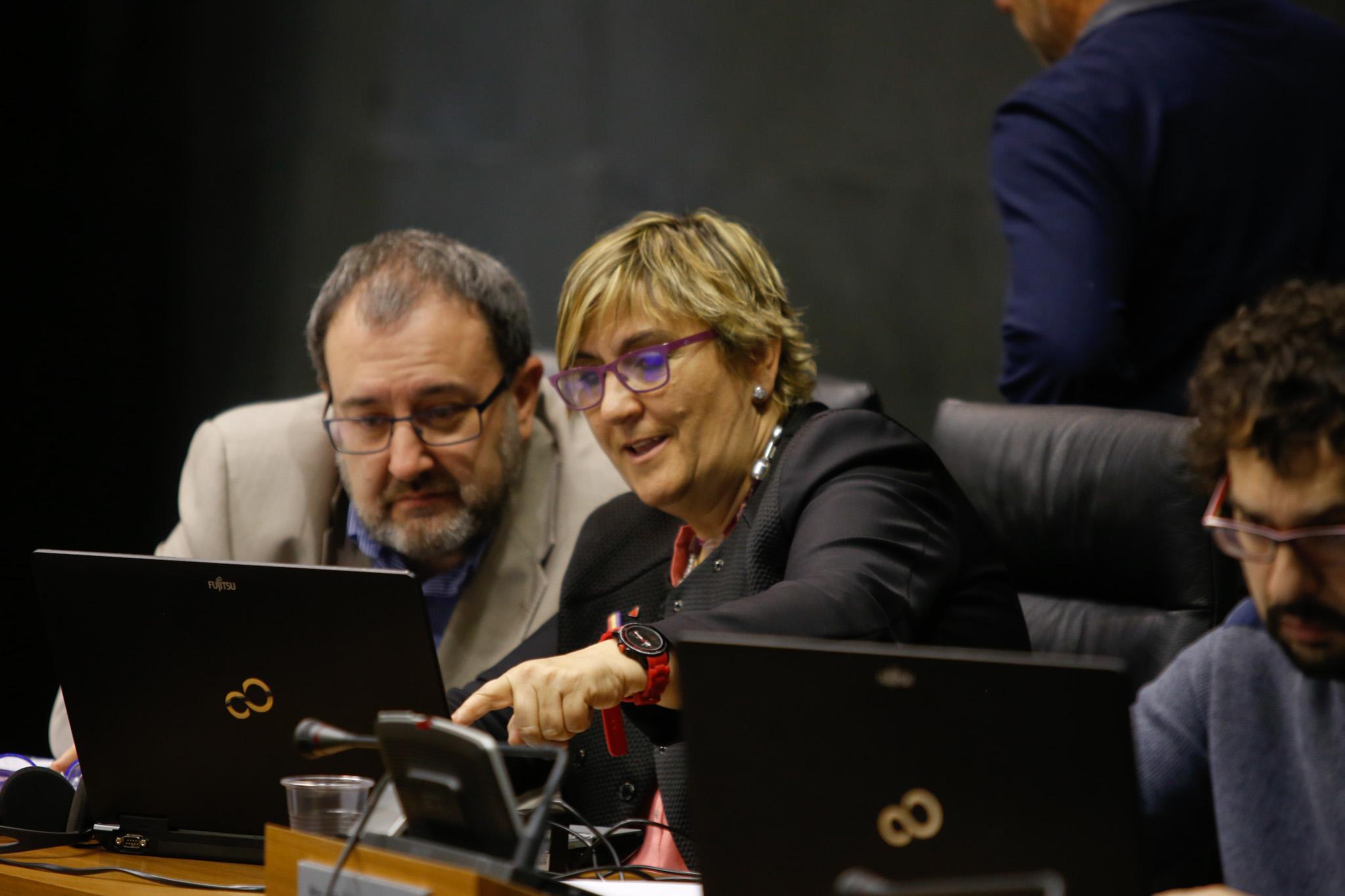 IZQUIERDA EZKERRA PRESENTA INCIATIVAS PARA AVANZAR HACIA UN MODELO DE FERROCARRIL SOSTENIBLE  ECONÓMICA, MEDIOAMBIENTAL Y SOCIALMENTE