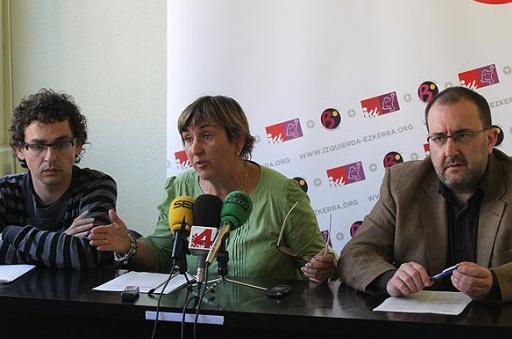 Izquierda-Ezkerra presenta varias iniciativas en el Parlamento para que se anulen los recortes en la enseñanza pública