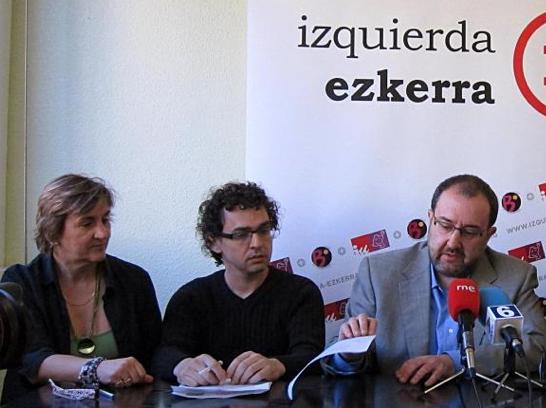 Izquierda-Ezkerra pide que Barcina explique al Parlamento por qué no plantea subir los impuestos a los que más tienen