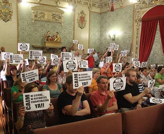 Izquierda-Ezkerra solicita la comparecencia de la Consejera de Bienestar Social para que informe sobre la drástica reducción de servicios del CAIM