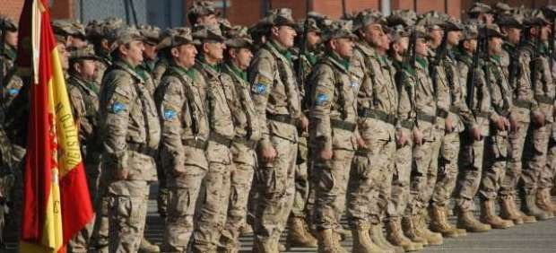 El Senador Iñaki Bernal pregunta a la Ministra de Defensa sobre los insultos de militares en la reserva a Uxue Barkos