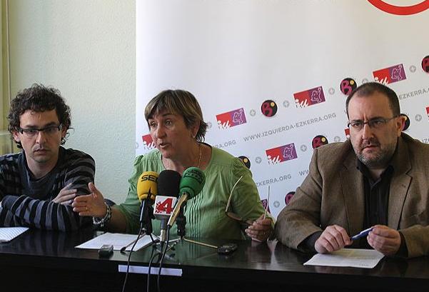 Izquierda-Ezkerra cree inadmisible una reforma constitucional sin referéndum