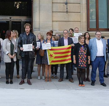 """Marisa De Simón dice, sobre Cataluña, que """"no a la represión y sí a la democracia y al diálogo"""""""